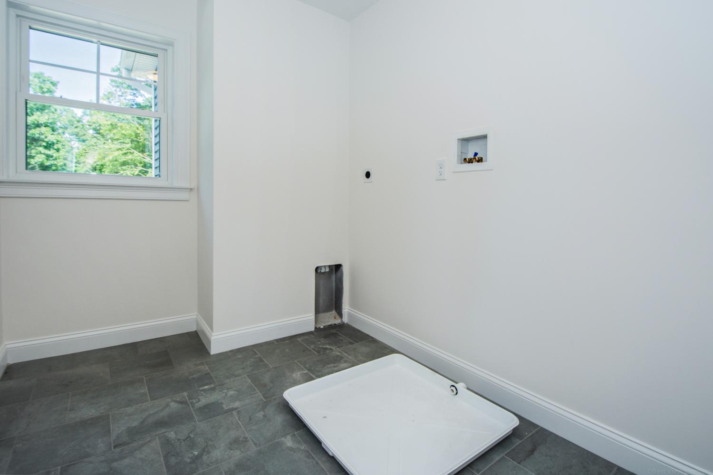 18-Laundry-Room-1